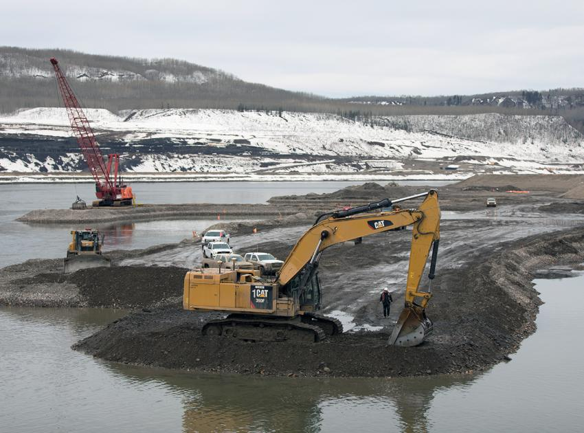 In-river works – dredging (April 2018)