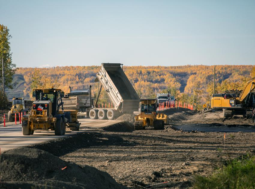 A chain-up area at the top of Old Fort Road is constructed for large trucks to safely park and install or remove chains needed for winter driving conditions. (September 2019)