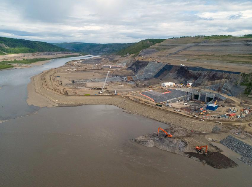 In-river construction begins at the dam site, to prepare for river diversion in the fall. (June 2020)